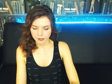 vladlena_oops's Recorded Camshow